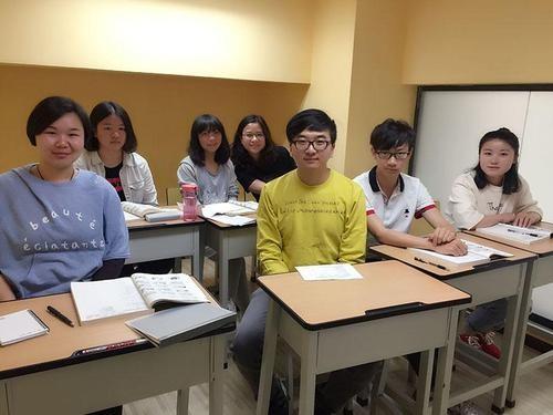 j样学英语加盟流程